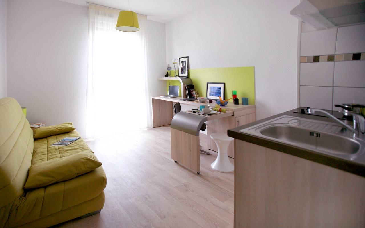residence suiteasy lucien jonas aulnoy lez valenciennes studio salon