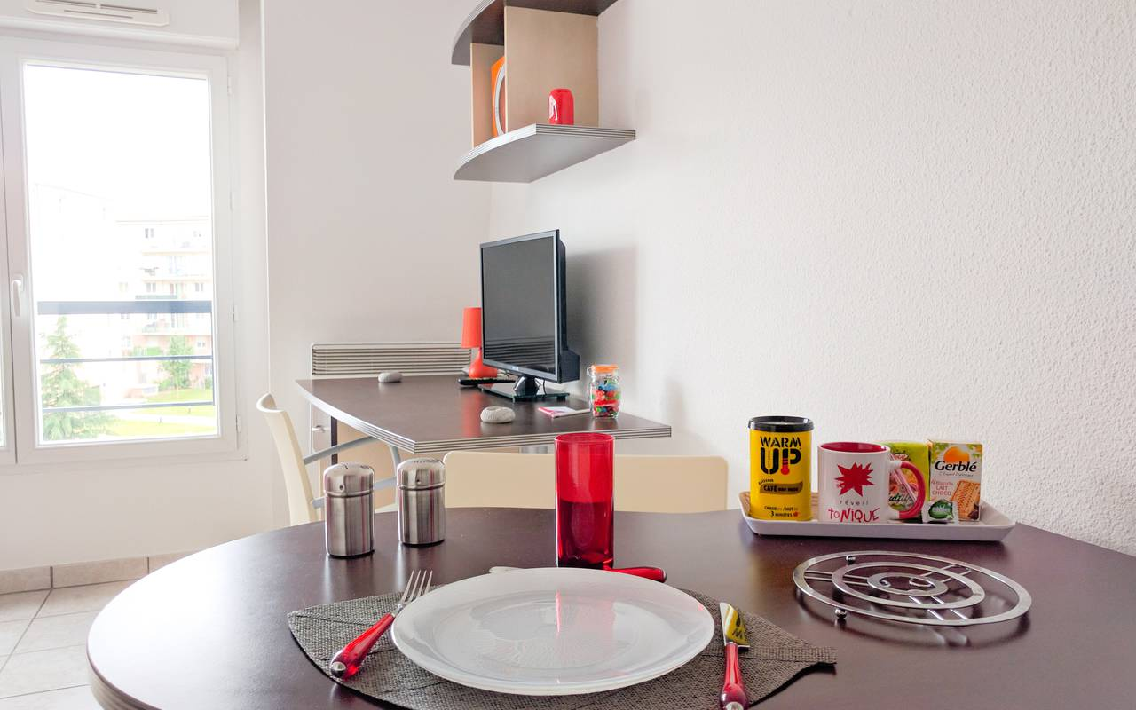 residence suiteasy les arenes d orsay limoges studio coin repas