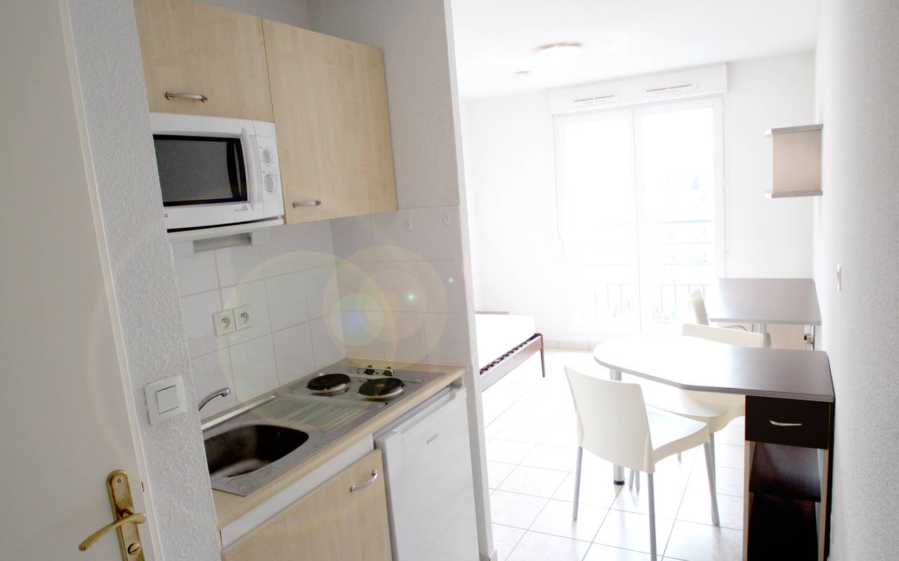 residence suiteasy les arenes d orsay limoges studio kitchenette