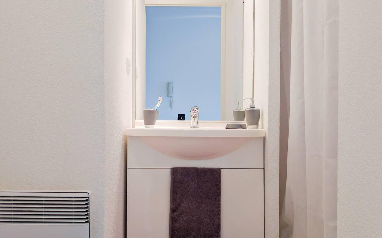 residence suiteasy les arenes d orsay limoges studio salle de douche