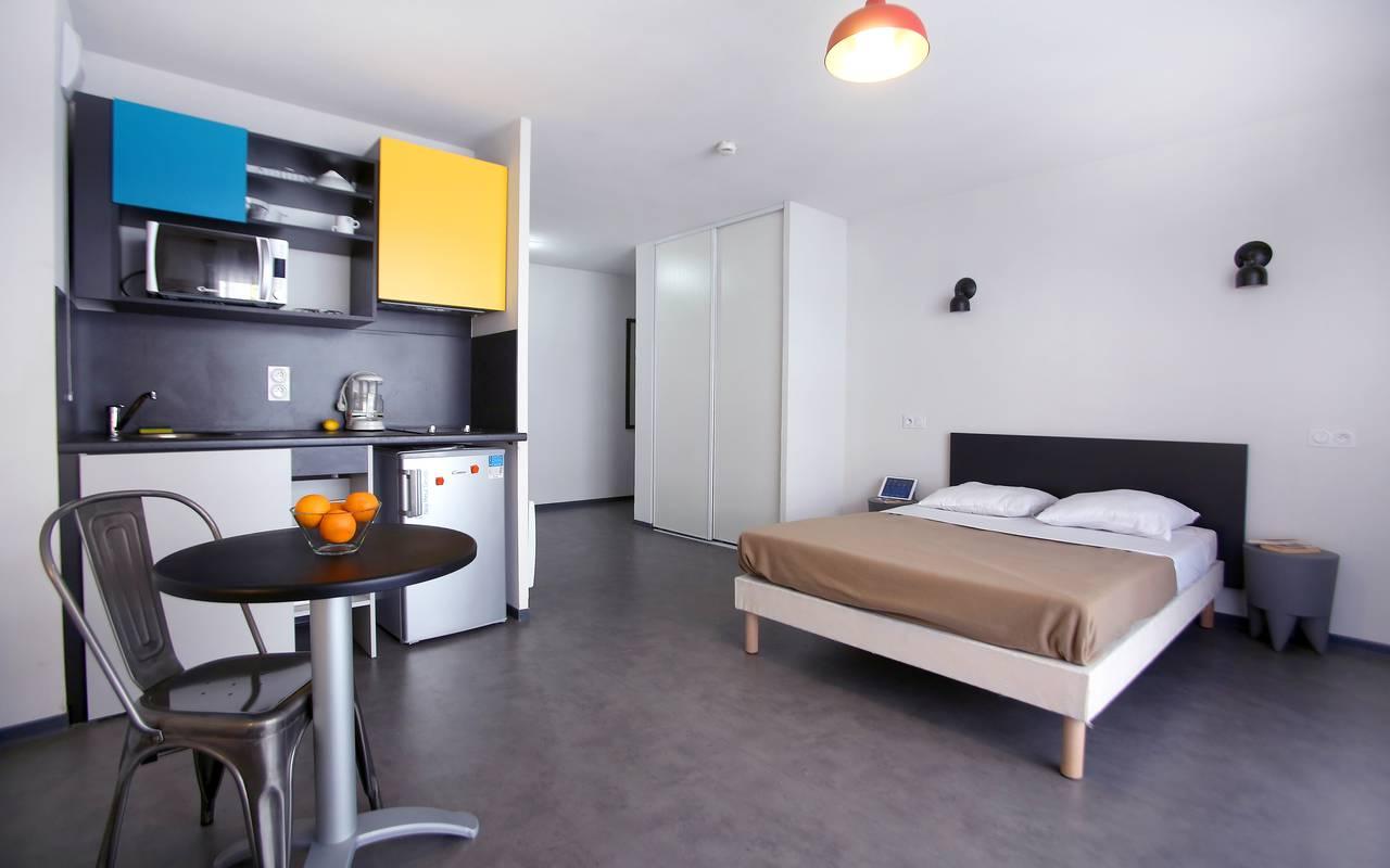 residence suiteasy le 124 marseille t1 lit kitchenette 2