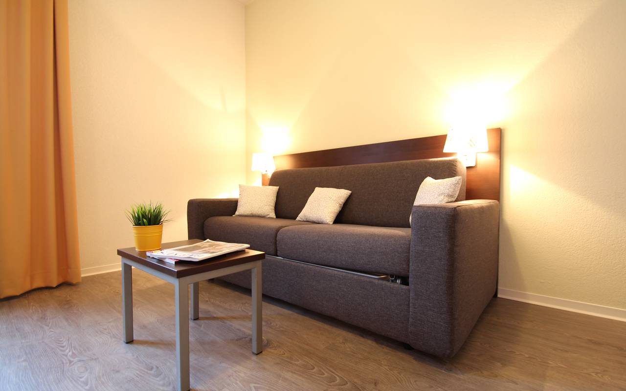 residence suiteasy montpellier citadelle studio canape
