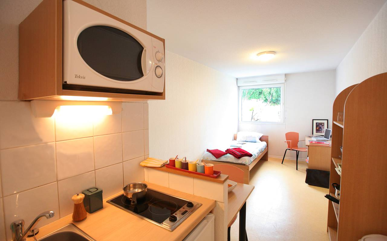 residence suiteasy tropicampus montpellier studio kitchenette