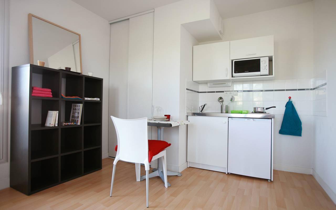 residence suiteasy einstein 2 nantes studio coin repas