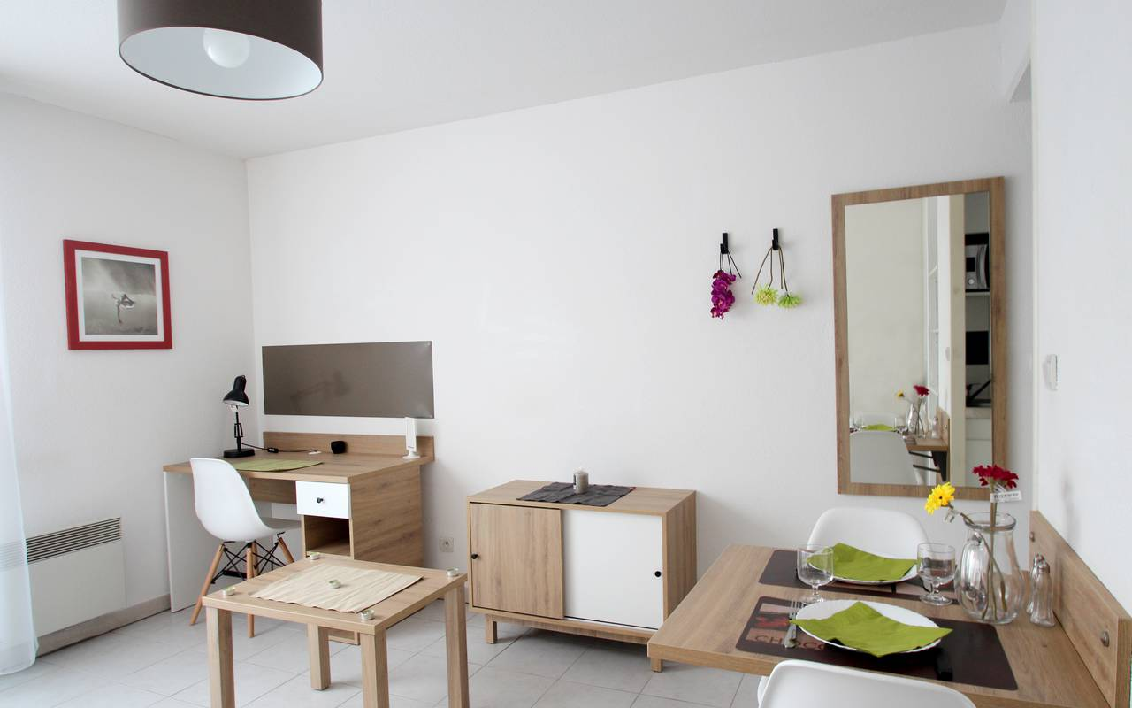 residence suiteasy thales toulouse studio salon