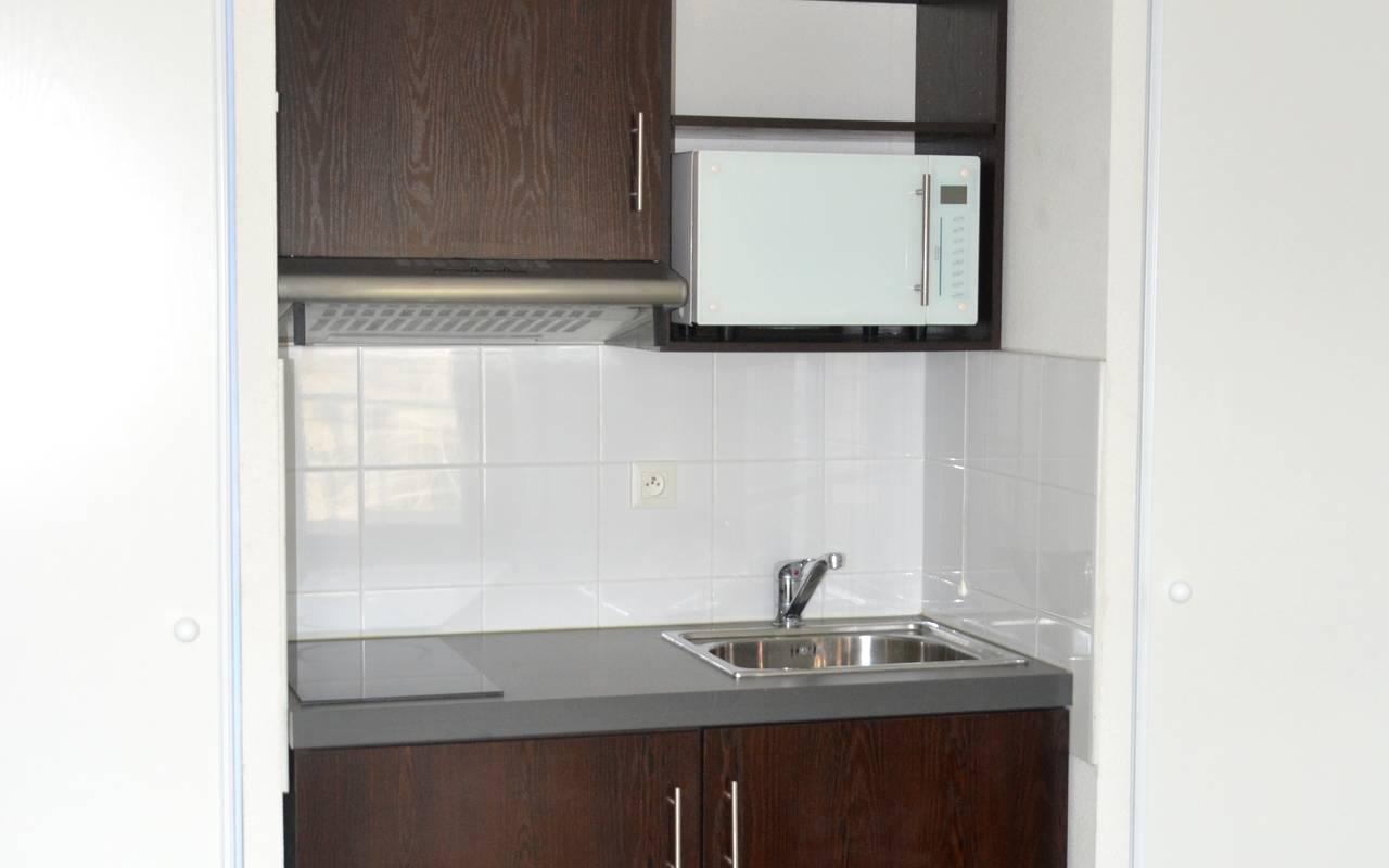 residence suiteasy le vinci blois kitchenette