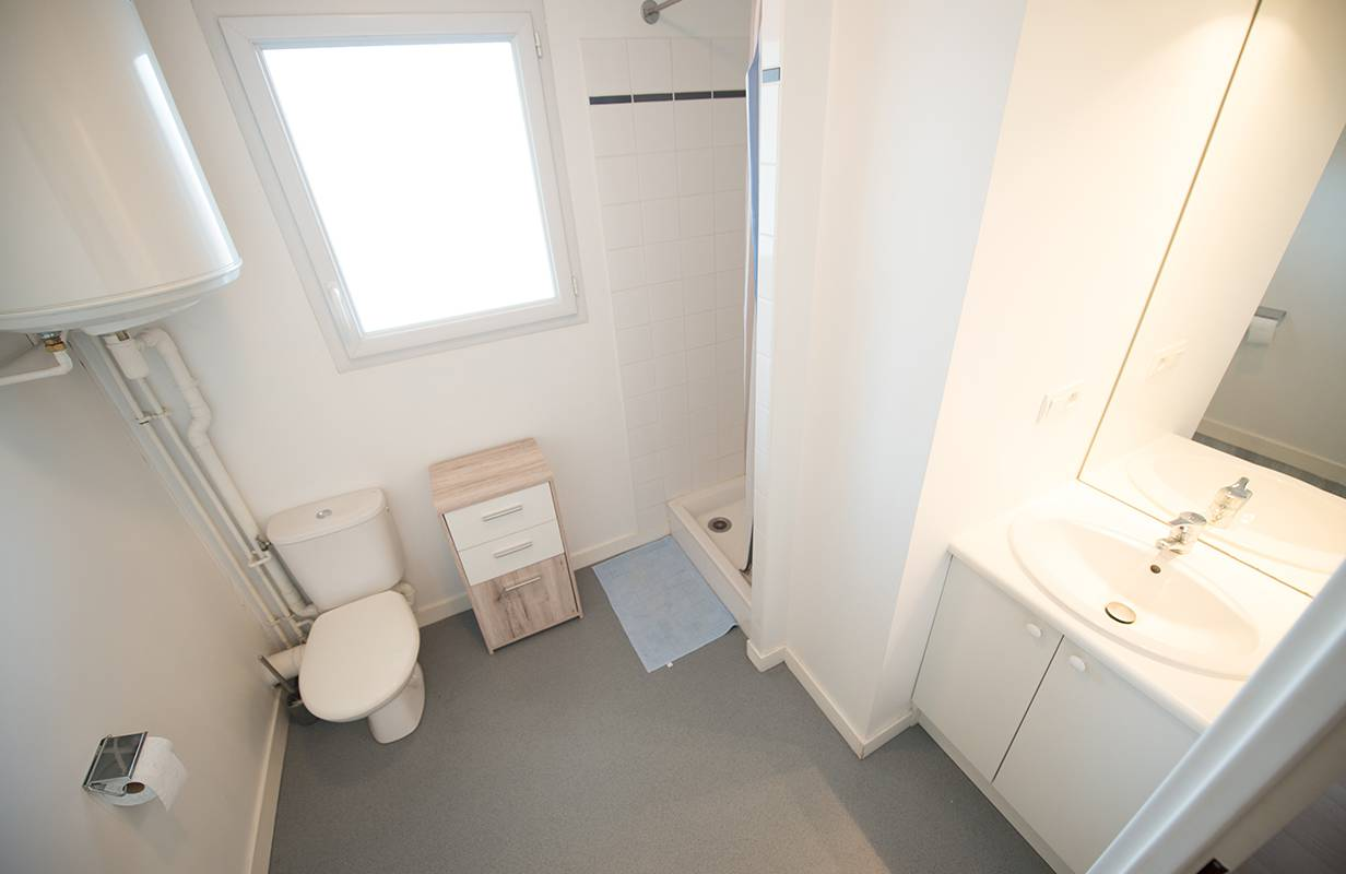 residence suiteasy einstein 2 nantes sudio salle de bain 2