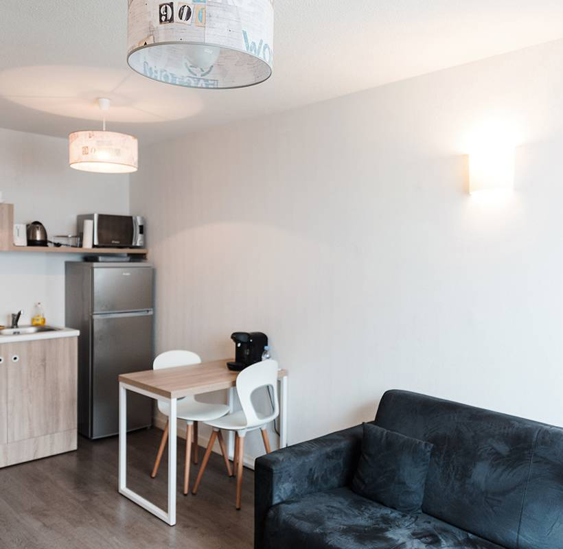 residence suiteasy h2o la rochelle appartement 2 pieces salon 2