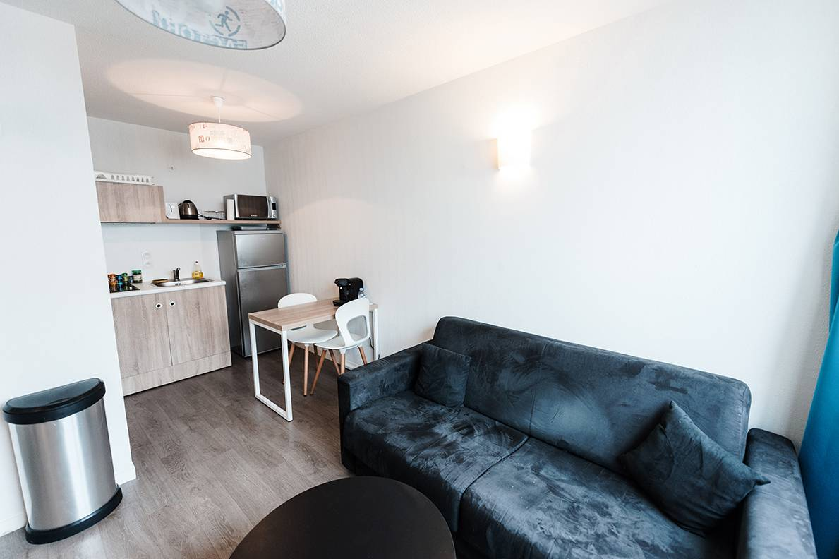 residence suiteasy h2o la rochelle appartement 2 pieces salon