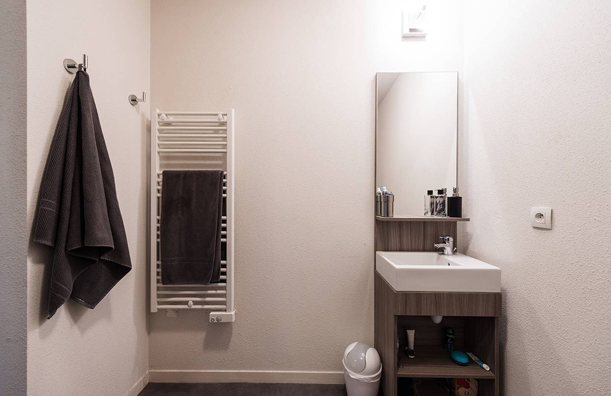 residence suiteasy rouen omega studio salle de  bain