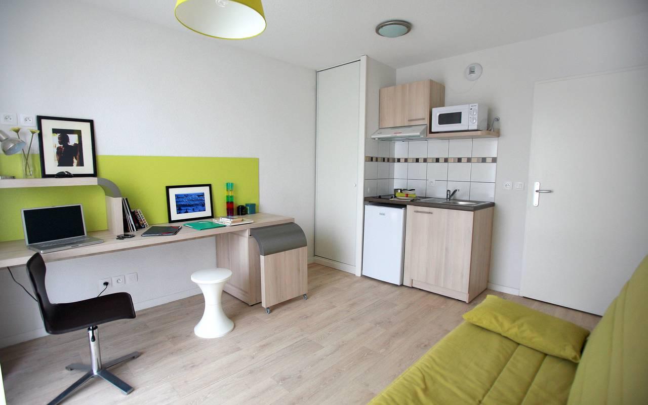 studio avec bureau location moyen séjour à Valenciennes