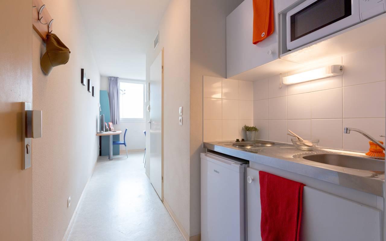 kitchenette location saisonnière à Clermont Ferrand