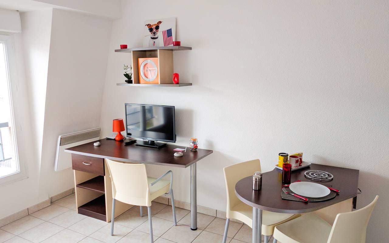 coin bureau studio location moyen séjour à Limoges