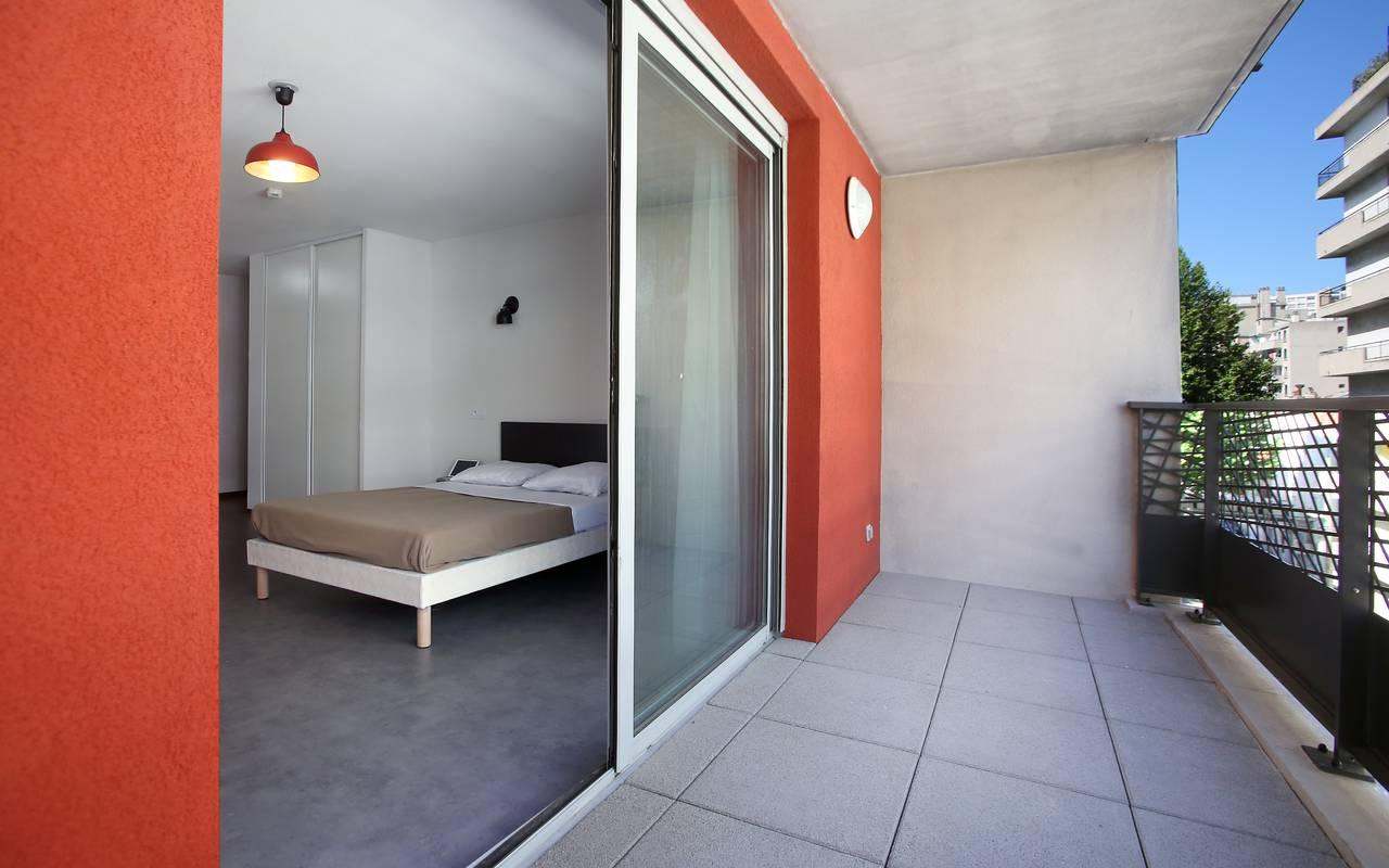 balcon studio location saisonnière à Marseille