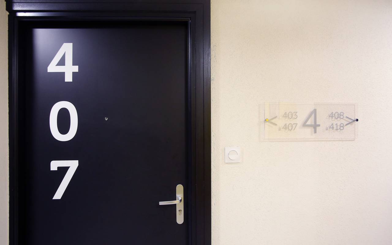couloir résidence location moyen séjour à Marseille