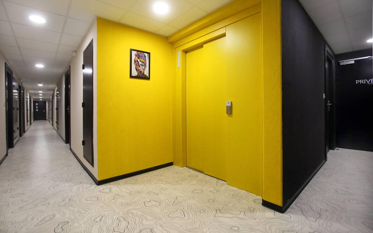 couloir résidence location court séjour à Marseille