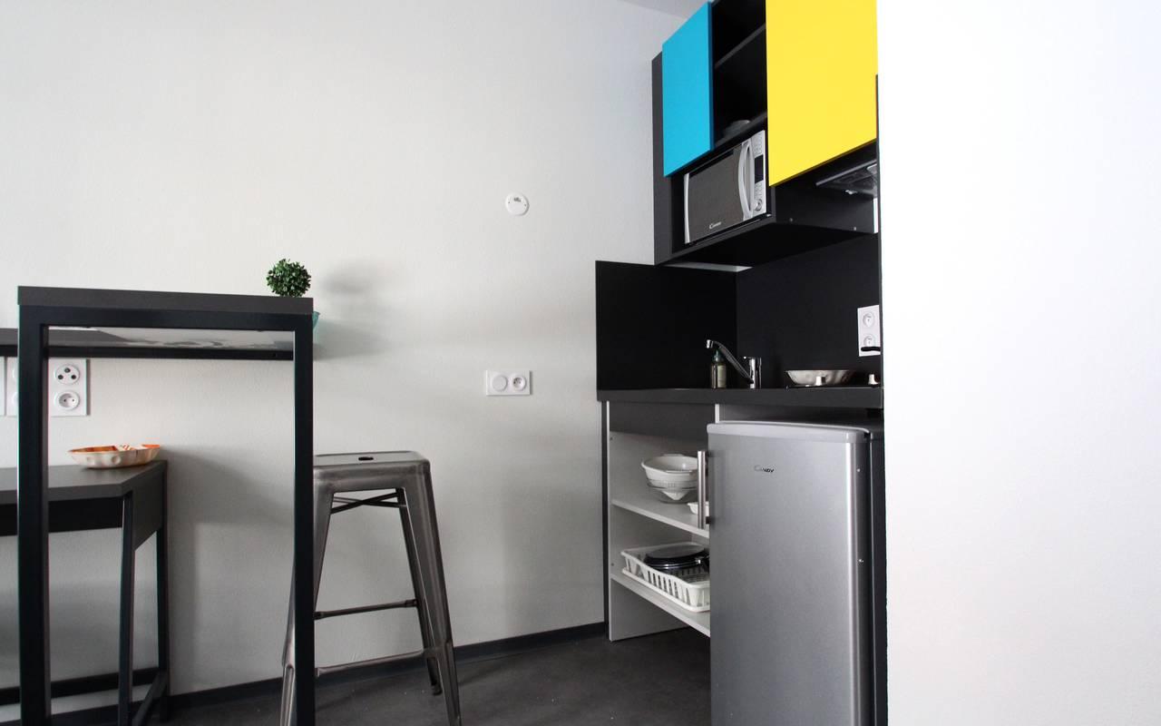 kitchenette studio location saisonnière à Marseille