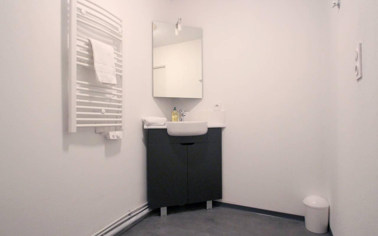 salle de douche studio location moyen séjour à Marseille