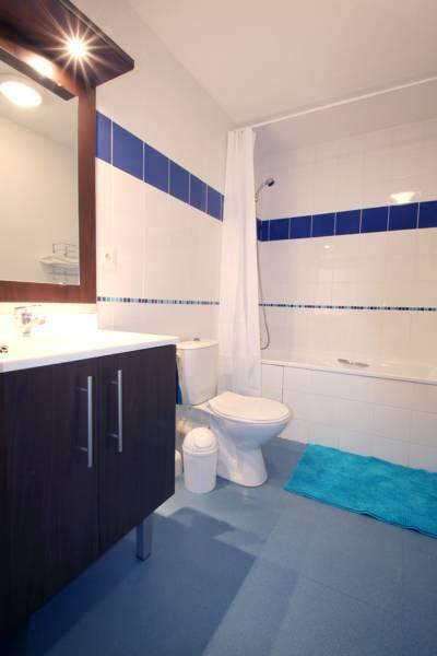 salle de bain appartement location saisonnière à Montpellier