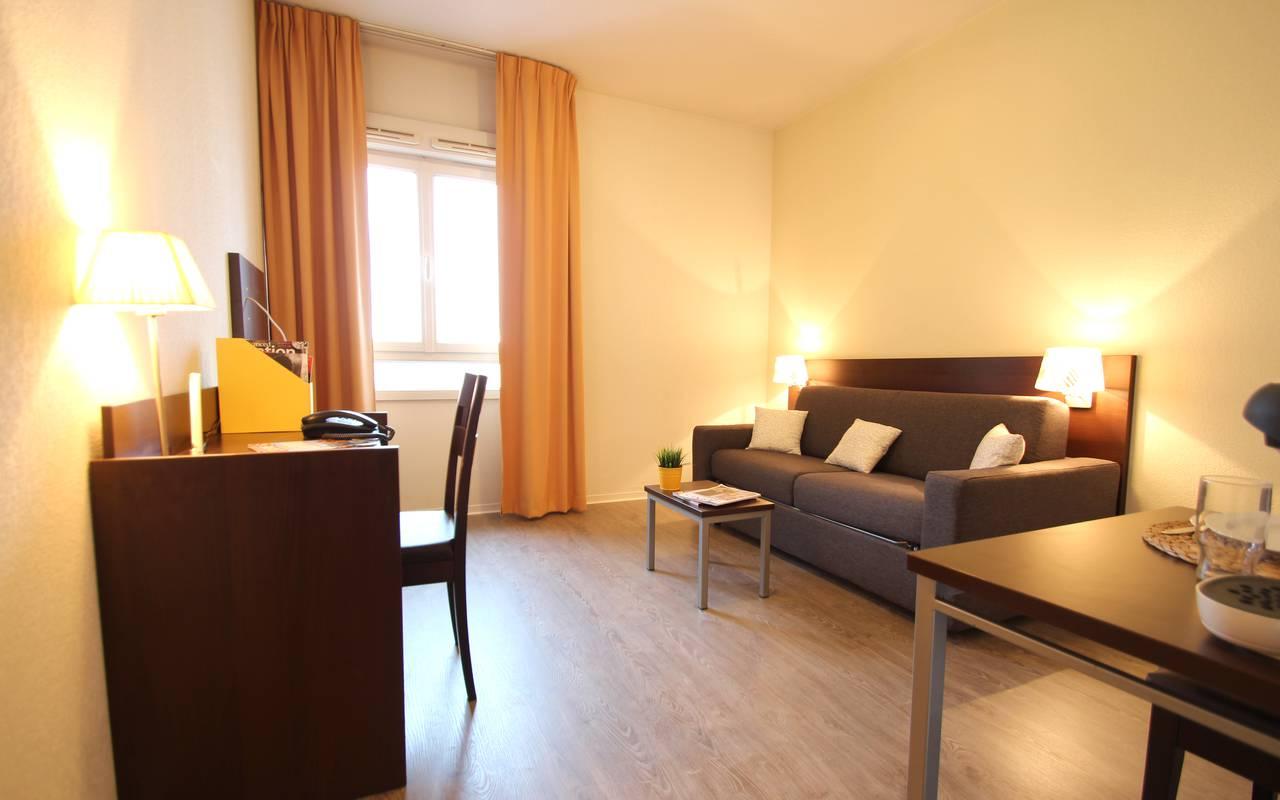 pièce à vivre studio location moyen séjour à Montpellier