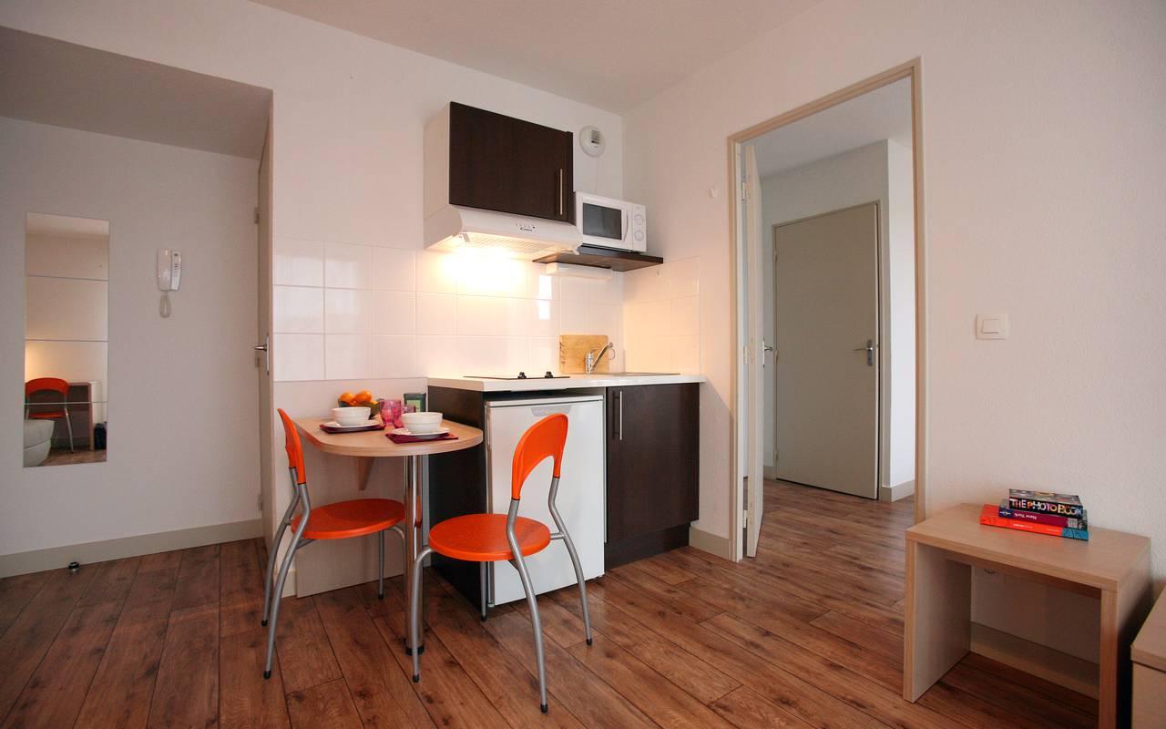 coin repas appartement location court séjour à Montpellier