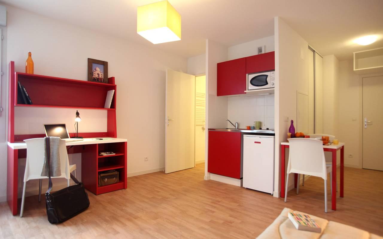 coin repas appartement location moyen séjour à Villeurbanne
