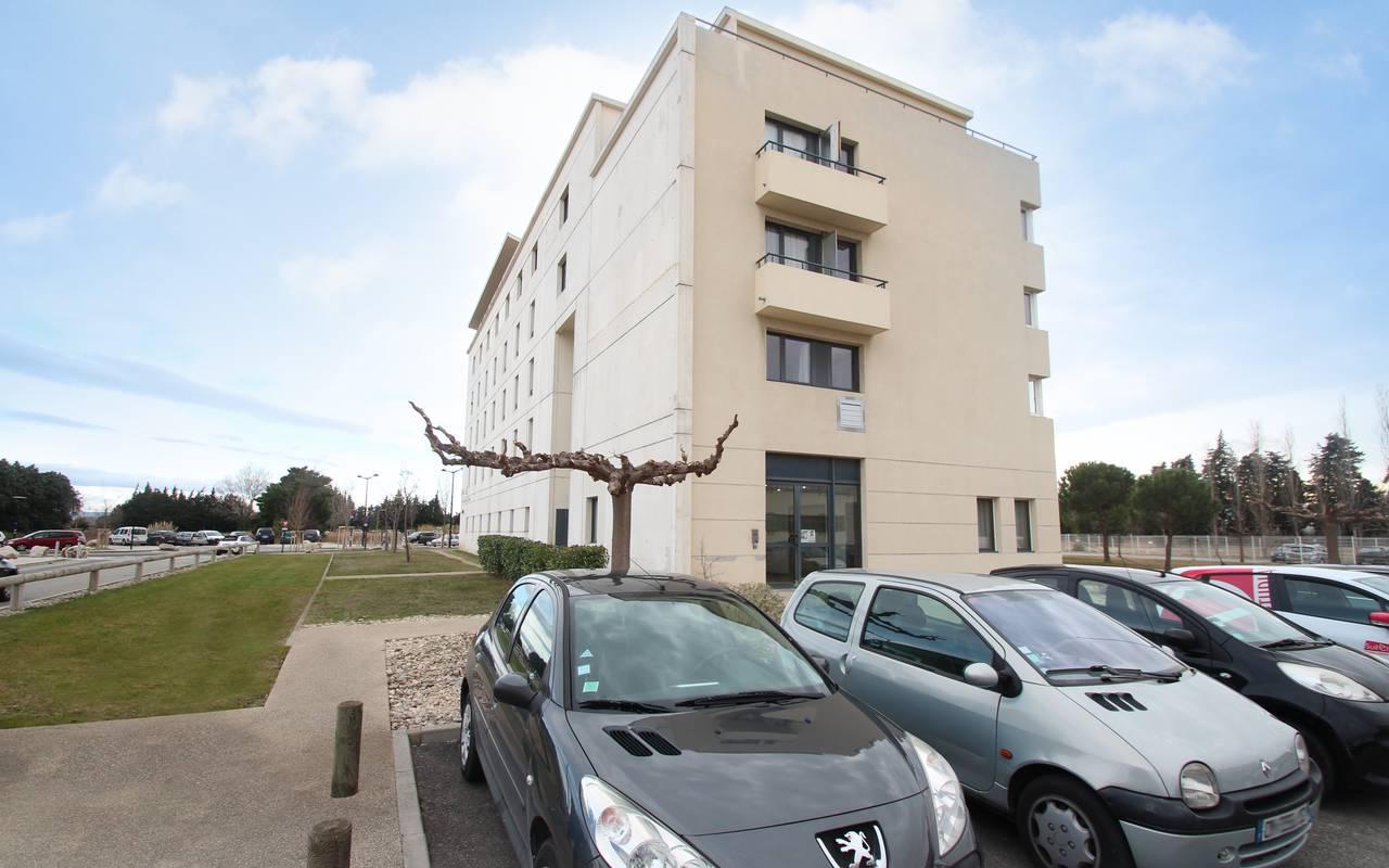 extérieur résidence location court séjour à Avignon