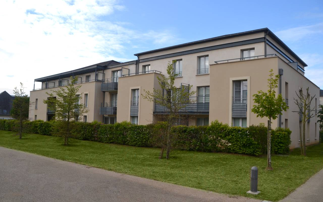 extérieur résidence location court séjour à Blois