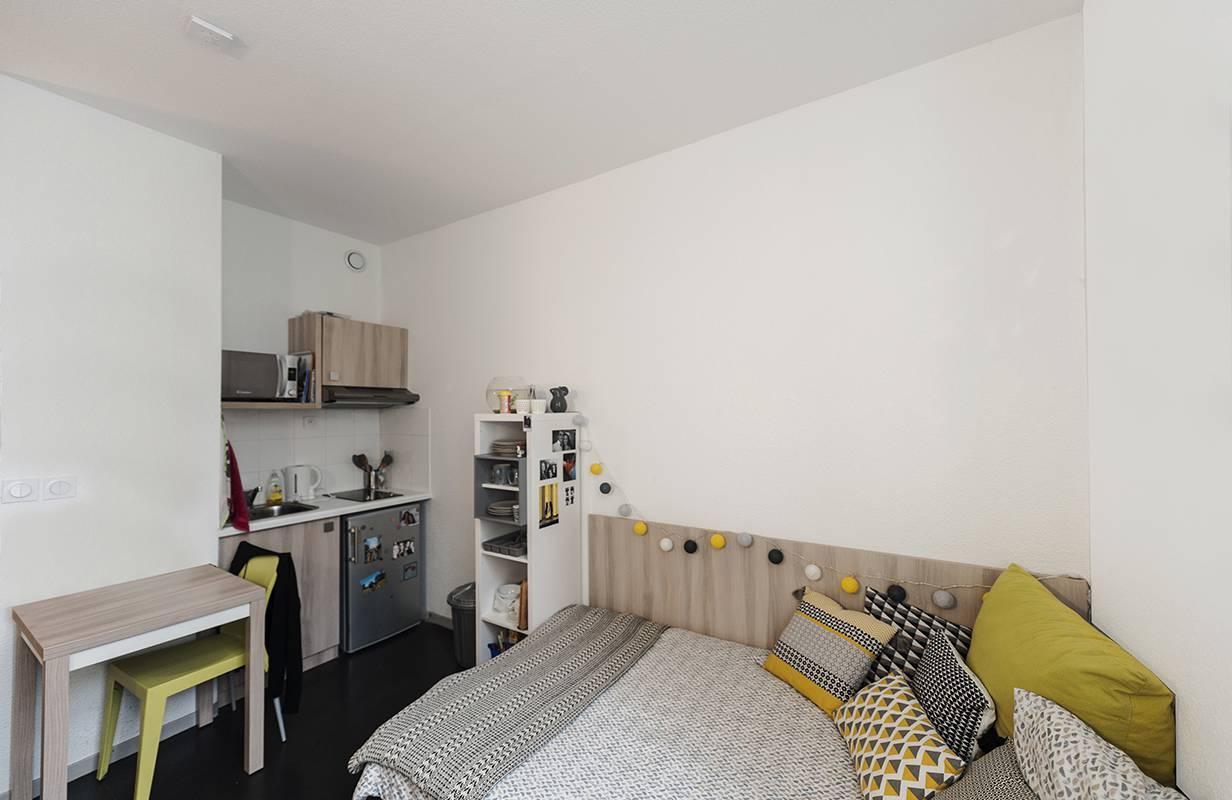 studio avec kitchenette location court séjour à Lyon