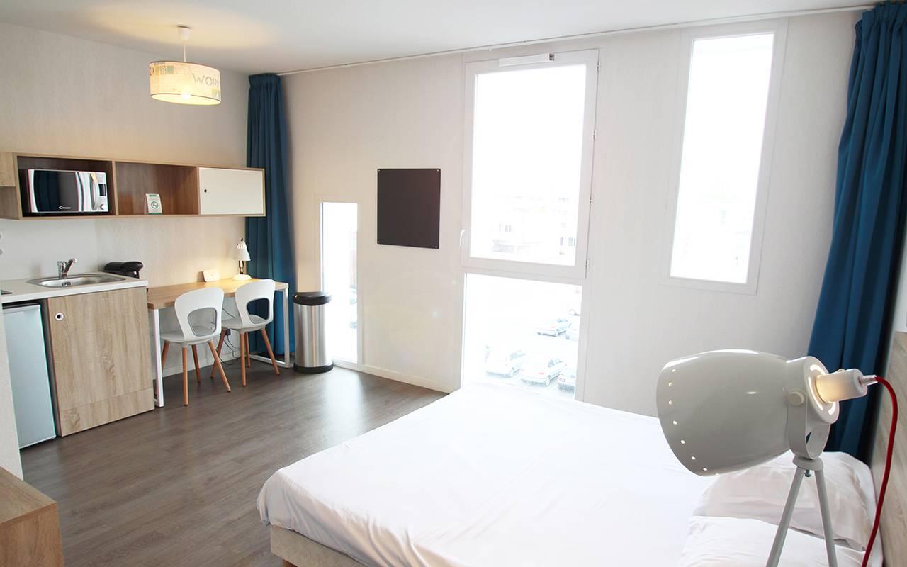 pièce à vivre appartement location saisonnière à La Rochelle