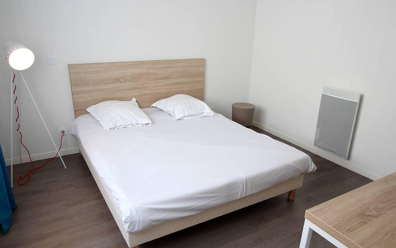 chambre appartement location saisonnière à La Rochelle