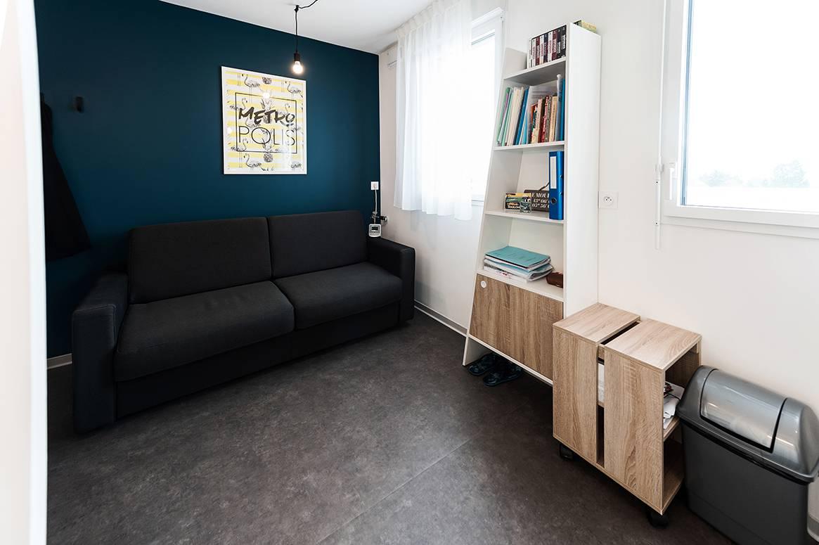salon appartement location court séjour à Rennes
