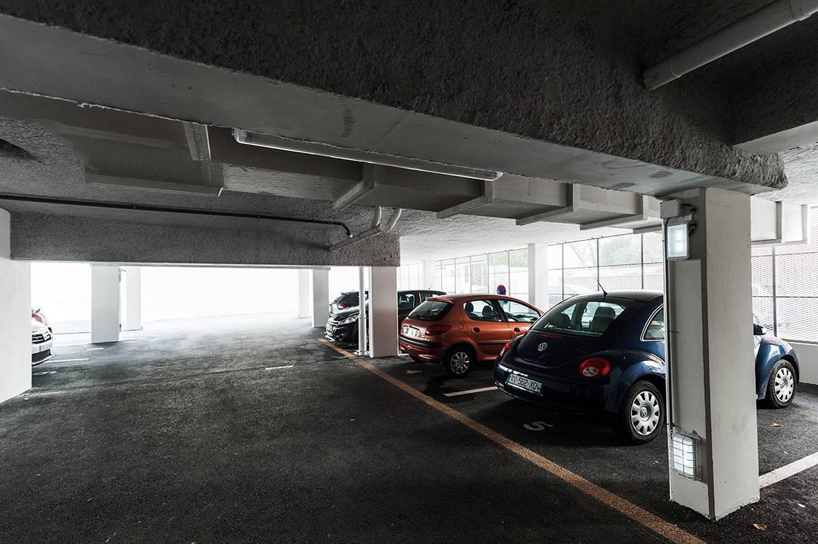 parking résidence location moyen séjour à Rennes