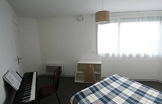 chambre appartement location saisonnière à Rennes