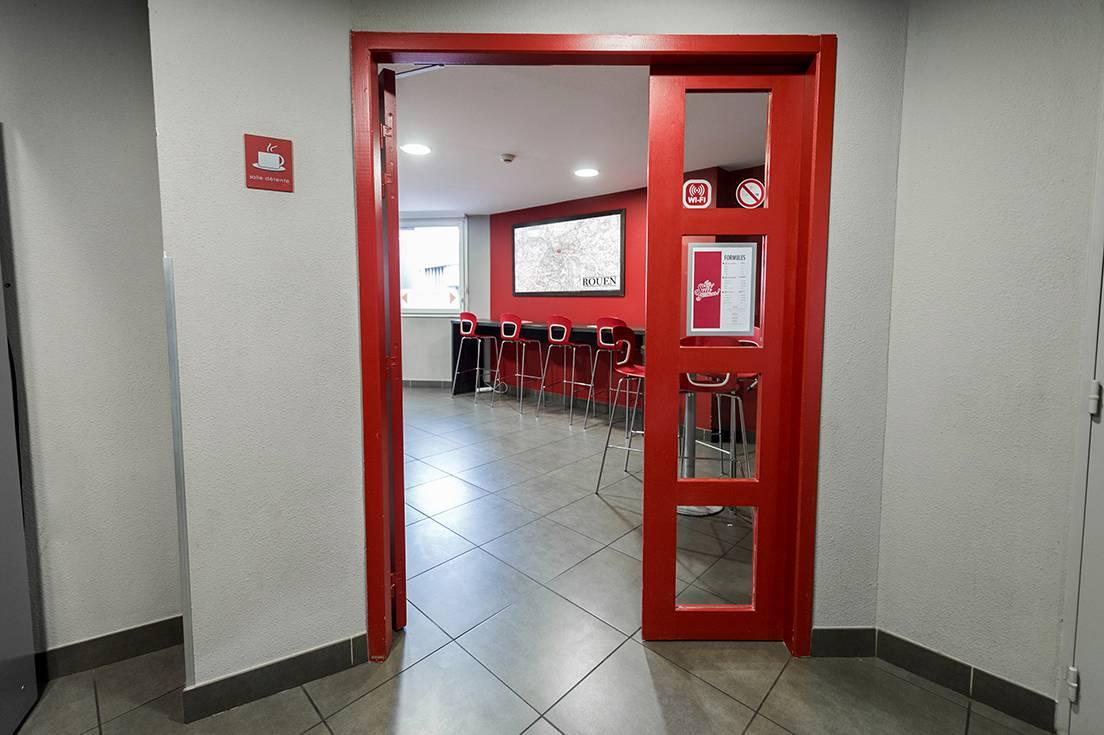 entrée salle commune résidence location moyen séjour à Rouen