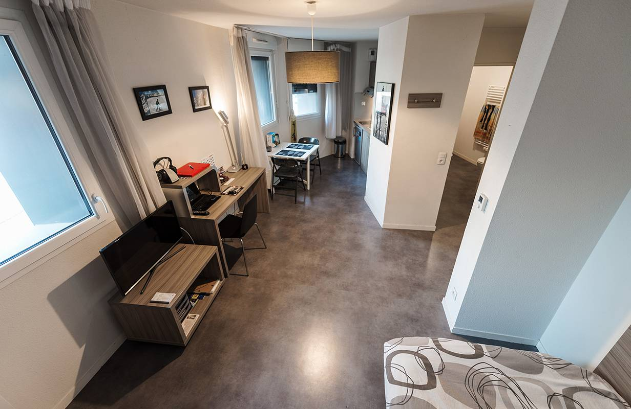 pièce à vivre studio location saisonnière à Rouen