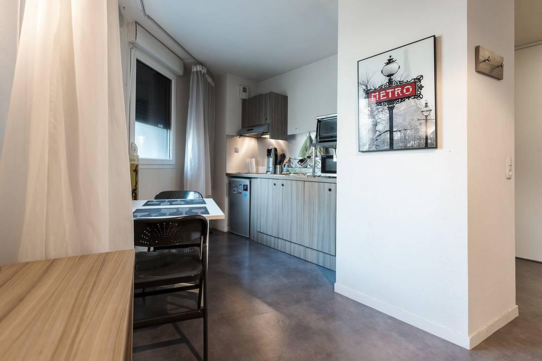 studio avec kitchenette location court séjour à Rouen