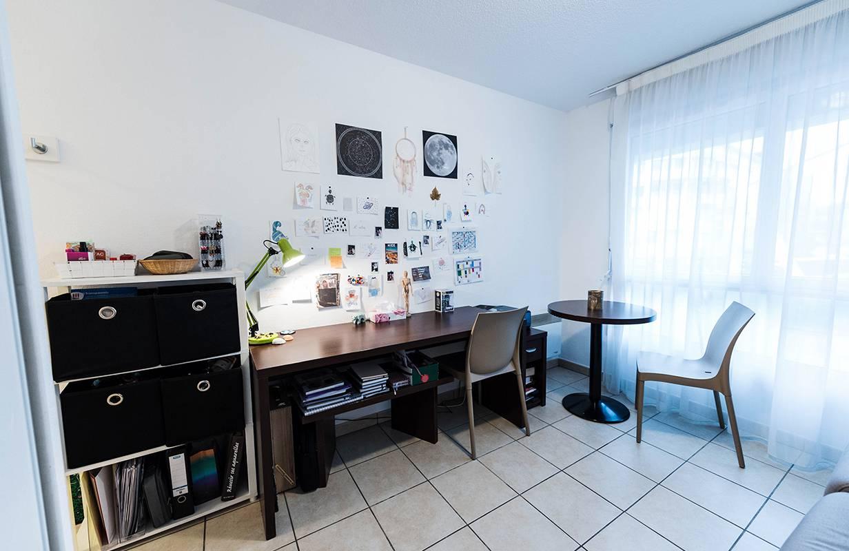 studio avec bureau location moyen séjour à Annemasse