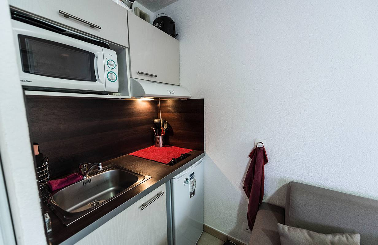 studio avec kitchenette location moyen séjour à Annemasse