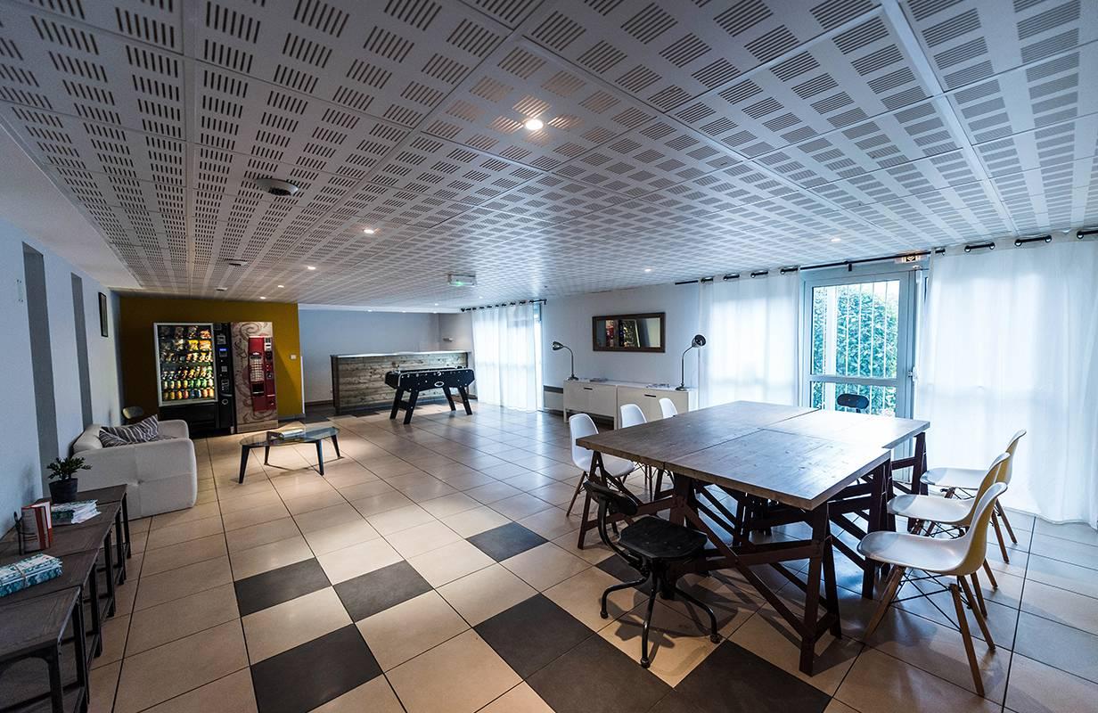 salle commune résidence location moyen séjour à Toulouse